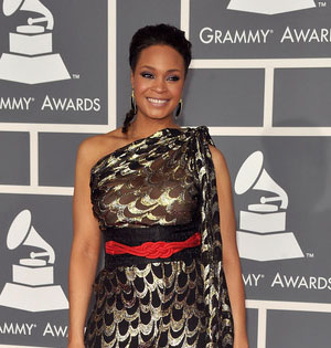 Maiysha-Grammy Red Carpet